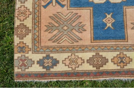 """Vintage Handmade Turkish Anatolian Rug For Home Decor 6'7,9"""" X 3'6,1"""""""