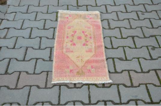 "Turkish Handmade Vintage Small Area Rug Doormat For Home Decor 3'1,8"" X 1'4,1"""