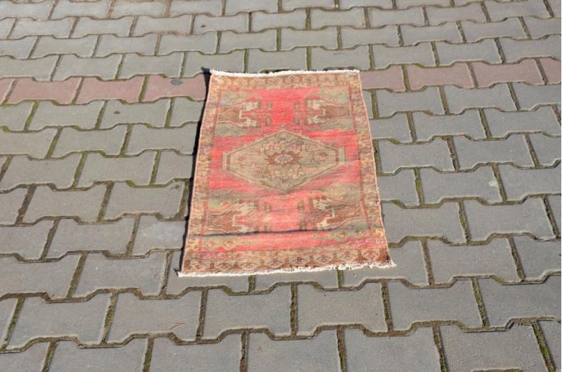 "Handmade Turkish Vintage Small Area Rug Doormat For Home Decor 2'11,4"" X 1'6,5"""