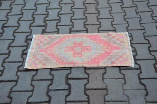"Turkish Handmade Vintage Small Area Rug Doormat For Home Decor 2'10,6"" X 1'4,9"""