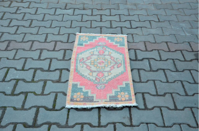 """Natural Turkish Vintage Small Area Rug Doormat For Home Decor 3'0,6"""" X 1'6,9"""""""