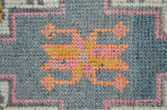 "Turkish Handmade Vintage Small Area Rug Doormat For Home Decor 3'4,6"" X 1'7,3"""
