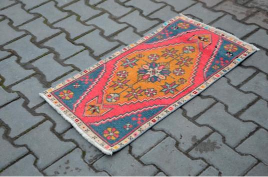 "Unique Turkish Vintage Small Area Rug Doormat For Home Decor 2'11,4"" X 1'6,9"""