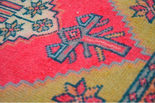"Unique Turkish Vintage Small Area Rug Doormat For Home Decor 3'1,4"" X 1'5,7"""