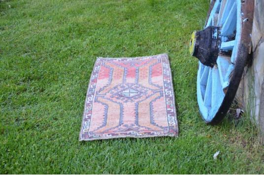 "Vintage Handmade Turkish Small Area Rug Doormat For Home Decor 3'4,9"" X 1'6,9"""