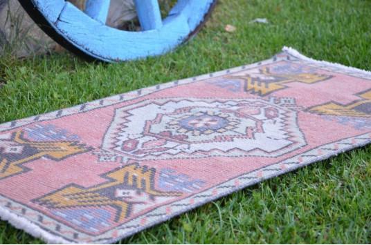 "Handmade Turkish Vintage Small Area Rug Doormat For Home Decor 3'3"" X 1'6,9"""