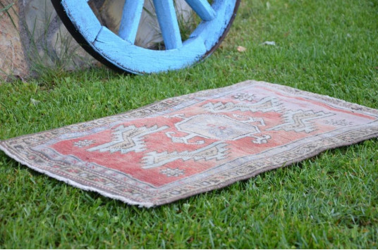 """Natural Turkish Vintage Small Area Rug Doormat For Home Decor 2'9,1"""" X 1'8,1"""""""