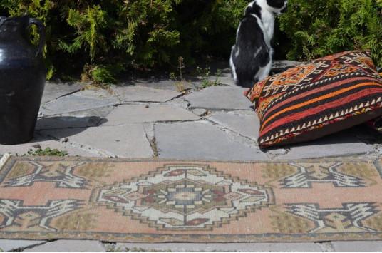 "Turkish Handmade Vintage Small Area Rug Doormat For Home Decor 3'1,8"" X 1'7,7"""