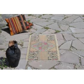 "Handmade Turkish Vintage Small Area Rug Doormat For Home Decor 2'11,8"" X 1'6,9"""