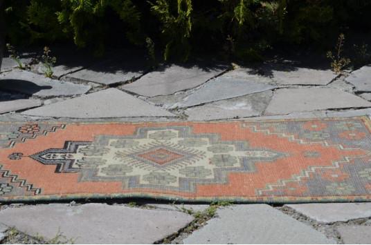 "Vintage Handmade Turkish Small Area Rug Doormat For Home Decor 3'3,4"" X 1'6,9"""