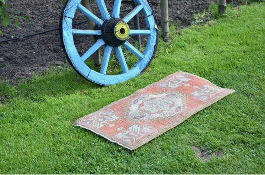 "Vintage Handmade Turkish Small Area Rug Doormat For Home Decor 3'2,6"" X 1'6,5"""