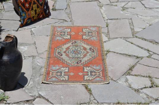 "Turkish Handmade Vintage Small Area Rug Doormat For Home Decor 3'3"" X 1'5,7"""