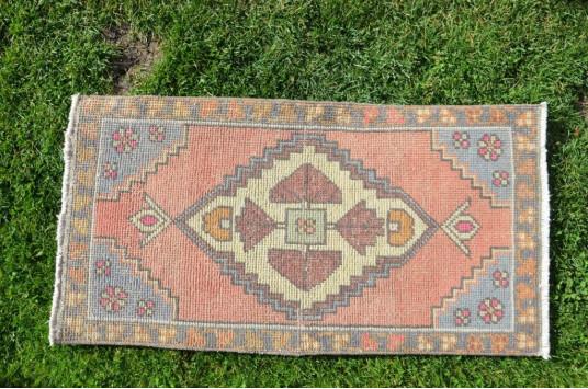 "Vintage Handmade Turkish Small Area Rug Doormat For Home Decor 3'3"" X 1'8,5"""