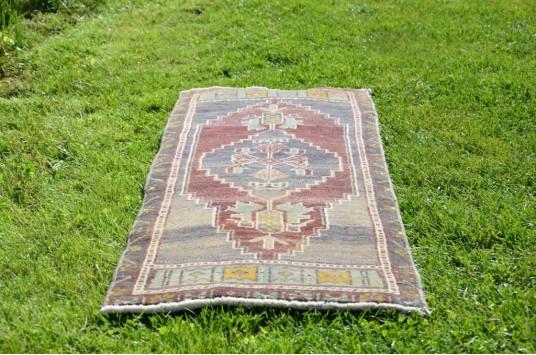"Unique Turkish Vintage Small Area Rug Doormat For Home Decor 3'10,5"" X 1'5,7"""