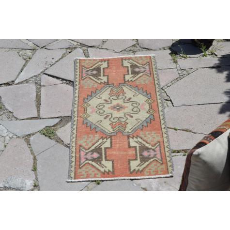 "Turkish Handmade Vintage Small Area Rug Doormat For Home Decor 3'1"" X 1'4,9"""