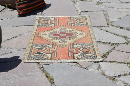 """Natural Turkish Vintage Small Area Rug Doormat For Home Decor 2'10,3"""" X 1'5,3"""""""