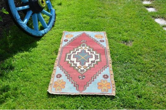 "Unique Turkish Vintage Small Area Rug Doormat For Home Decor 3'5,7"" X 1'9,3"""