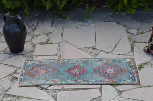 "Unique Turkish Vintage Small Area Rug Doormat For Home Decor 2'11,4"" X 1'2,6"""