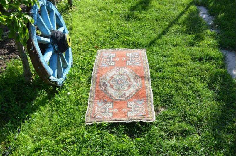 """Natural Turkish Vintage Small Area Rug Doormat For Home Decor 3'3"""" X 1'8,1"""""""