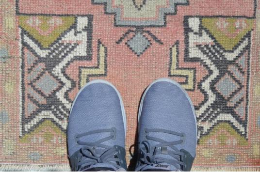 "Vintage Handmade Turkish Small Area Rug Doormat For Home Decor 3'0,2"" X 1'8,9"""