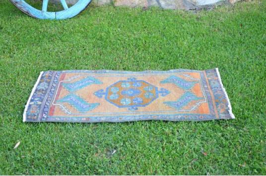 "Unique Turkish Vintage Small Area Rug Doormat For Home Decor 3'7,3"" X 1'6,9"""