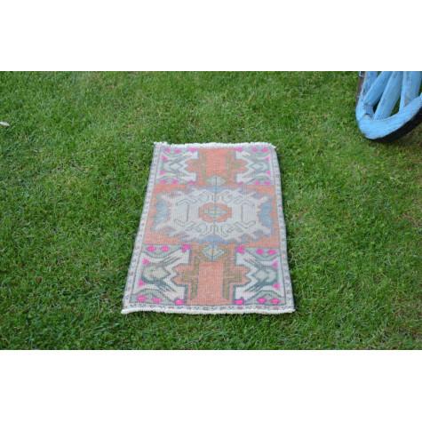 "Turkish Handmade Vintage Small Area Rug Doormat For Home Decor 2'10,6"" X 1'5,3"""