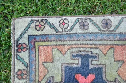 """Natural Turkish Vintage Small Area Rug Doormat For Home Decor 3'0,2"""" X 1'6,5"""""""