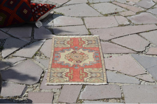 """Natural Turkish Vintage Small Area Rug Doormat For Home Decor 2'7,5"""" X 1'5,7"""""""