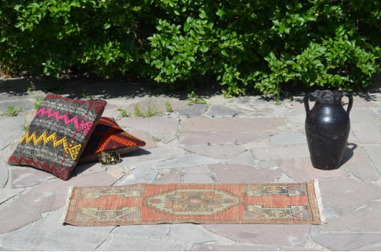 """Natural Turkish Vintage Small Area Rug Doormat For Home Decor 3'2,2"""" X 1'5,3"""""""