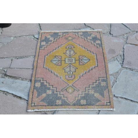 "Unique Turkish Vintage Small Area Rug Doormat For Home Decor 2'11,4"" X 1'8,5"""