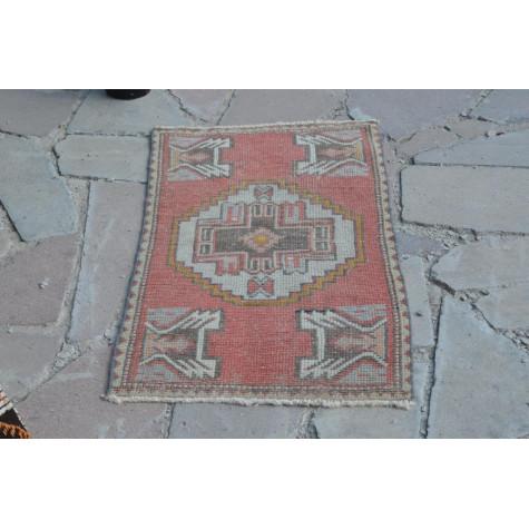 "Vintage Handmade Turkish Small Area Rug Doormat For Home Decor 3'3,8"" X 1'8,5"""