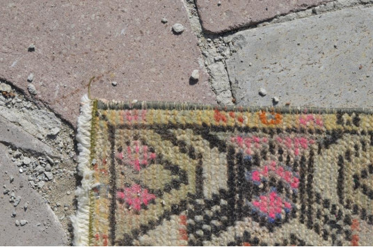 """Natural Turkish Vintage Small Area Rug Doormat For Home Decor 2'7,5"""" X 1'4,5"""""""
