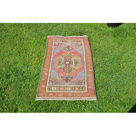 "Unique Turkish Vintage Small Area Rug Doormat For Home Decor 3'3"" X 1'7,7"""
