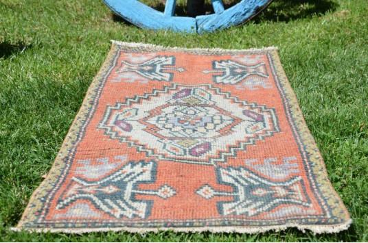 "Vintage Handmade Turkish Small Area Rug Doormat For Home Decor 3'4,9"" X 1'7,3"""