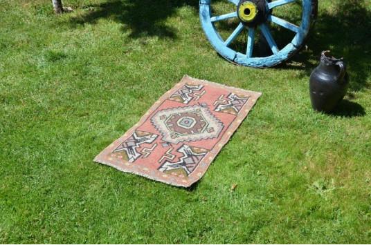 "Handmade Turkish Vintage Small Area Rug Doormat For Home Decor 3'0,6"" X 1'8,5"""