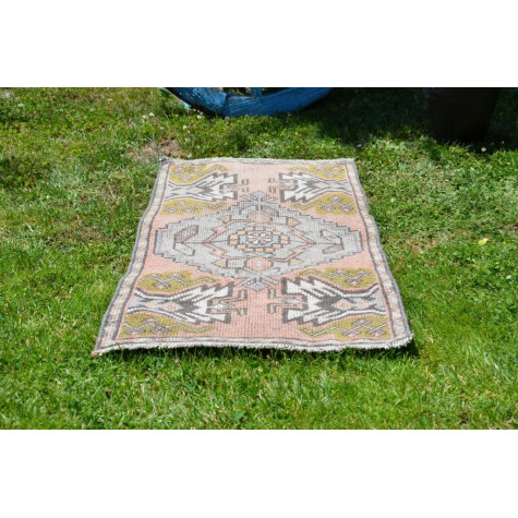 """Natural Turkish Vintage Small Area Rug Doormat For Home Decor 3'3,8"""" X 1'7,7"""""""