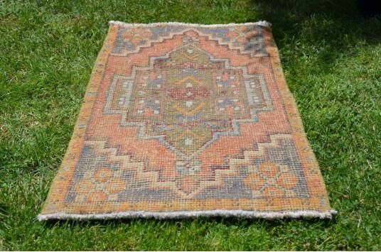 "Handmade Turkish Vintage Small Area Rug Doormat For Home Decor 3'1"" X 1'6,5"""