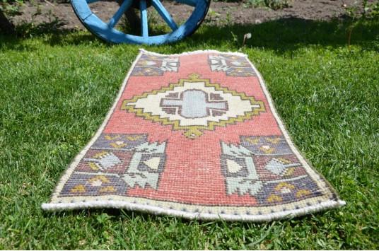 "Turkish Handmade Vintage Small Area Rug Doormat For Home Decor 3'1,8"" X 1'4,9"""