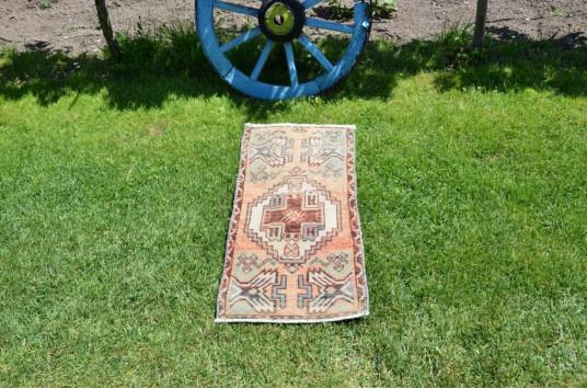 "Vintage Handmade Turkish Small Area Rug Doormat For Home Decor 3'0,6"" X 1'4,5"""
