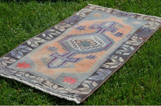 "Unique Turkish Vintage Small Area Rug Doormat For Home Decor 2'10,3"" X 1'7,3"""