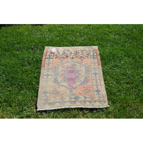 "Unique Turkish Vintage Small Area Rug Doormat For Home Decor 2'6,3"" X 1'11,2"""