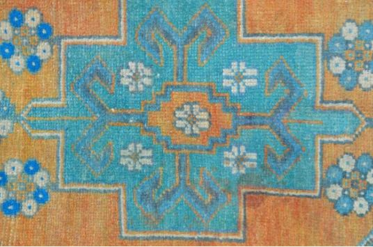 "Unique Turkish Vintage Small Area Rug Doormat For Home Decor 3'8,5"" X 1'7,7"""