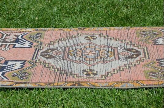 "Turkish Handmade Vintage Small Area Rug Doormat For Home Decor 3'3"" X 1'6,5"""