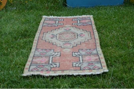 "Turkish Handmade Vintage Small Area Rug Doormat For Home Decor 2'11,8"" X 1'5,3"""
