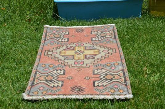 "Vintage Handmade Turkish Small Area Rug Doormat For Home Decor 3'1,4"" X 1'5,3"""