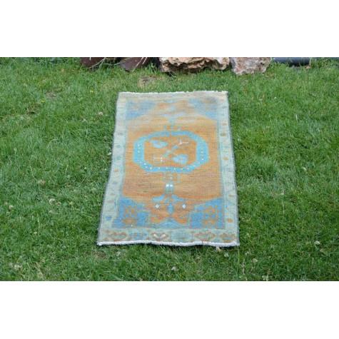 "Unique Turkish Vintage Small Area Rug Doormat For Home Decor 3'2,6"" X 1'5,7"""