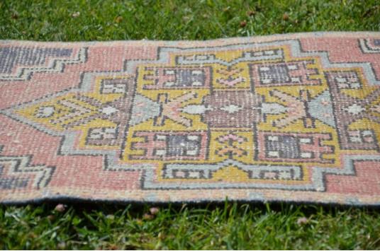 "Unique Turkish Vintage Small Area Rug Doormat For Home Decor 2'10,6"" X 1'6,9"""