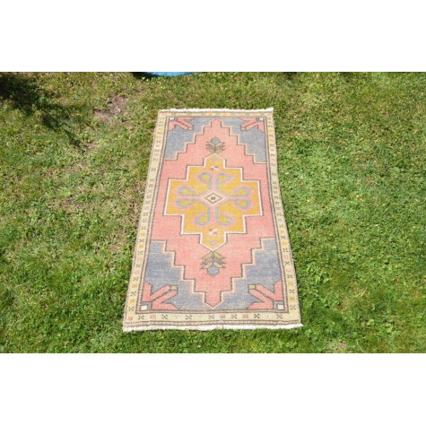"""Natural Turkish Vintage Small Area Rug Doormat For Home Decor 3'6,9"""" X 1'8,5"""""""