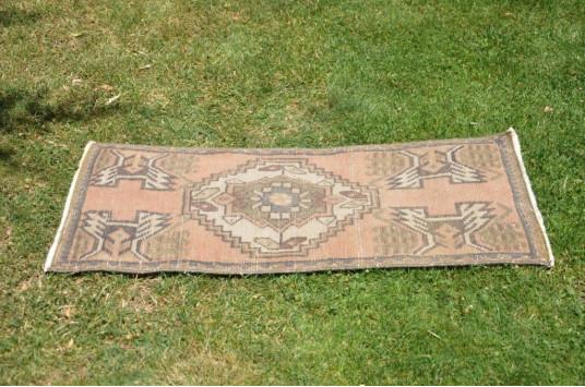 "Vintage Handmade Turkish Small Area Rug Doormat For Home Decor 3'2,2"" X 1'6,1"""