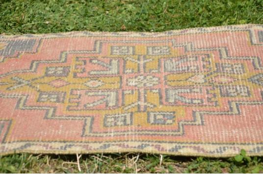 "Unique Turkish Vintage Small Area Rug Doormat For Home Decor 2'11,4"" X 1'6,1"""